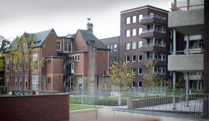 Oud- en nieuwbouw in Drie Hoefijzers Zuid